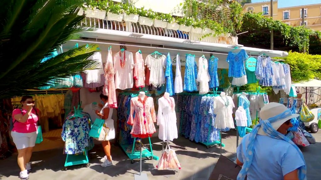 Fashion shops in Positano