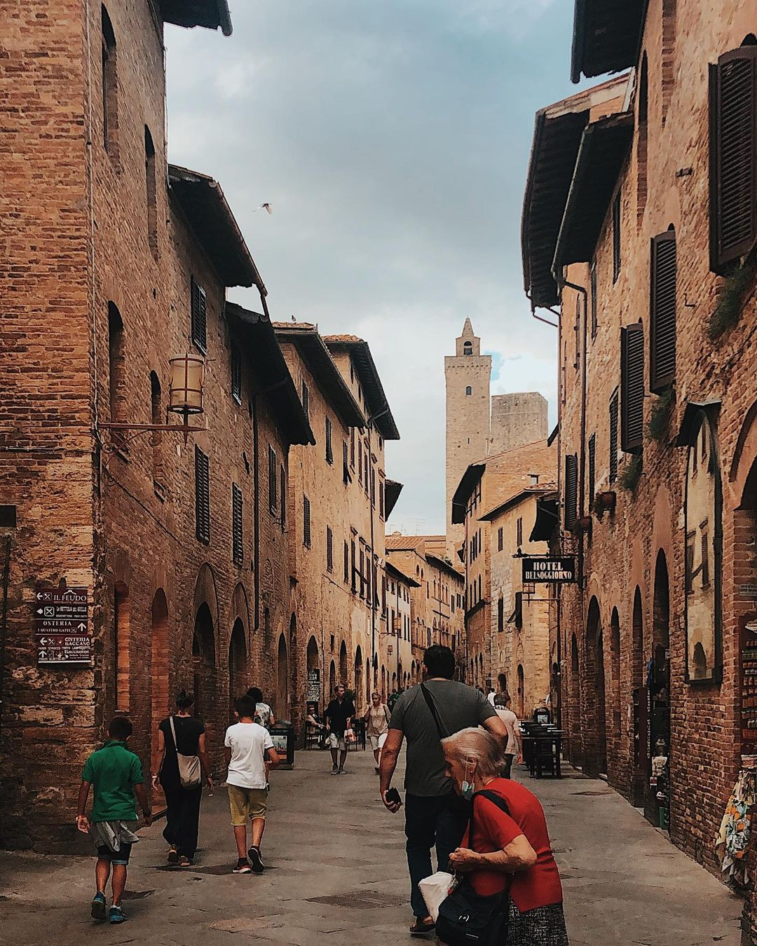 Answers about San Gimignano